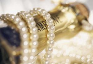 Aakarshan Gems & Jewels
